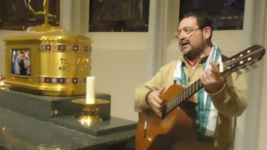 Conheça o Ir. Patrício Pino Medina, membro da equipe da Rede de Centros de Memória da Região América Sul