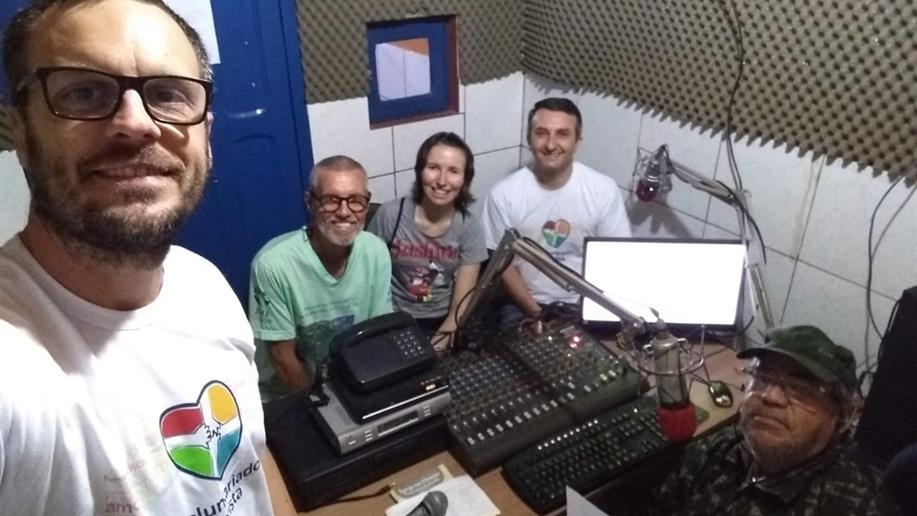 Conheça a atuação do Irmão Nilvo Favretto em espaços de comunicação popular em Lábrea