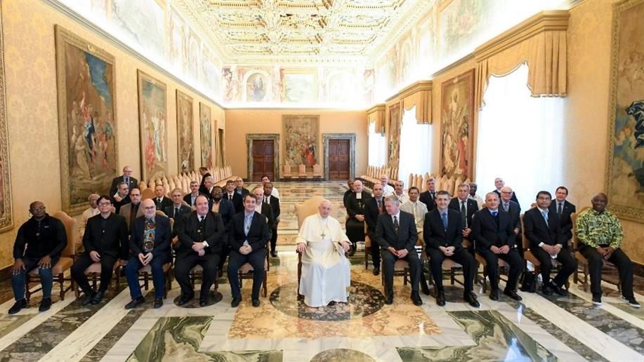 Durante o mês de outubro, bispos e padres estarão reunidos no Vaticano para discutir a temática