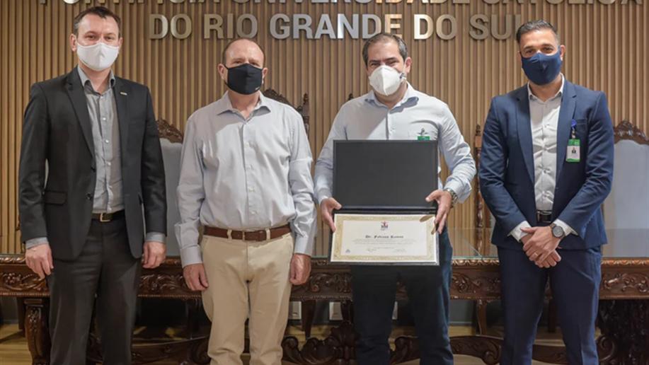 O chefe do Serviço de Infectologia do HSL conduziu a pesquisa clínica da Coronavac no Rio Grande do Sul