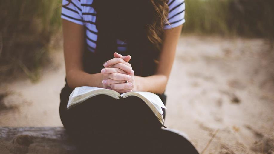 No mês da Bíblia, Dr. Palmini reforça os benefícios da oração