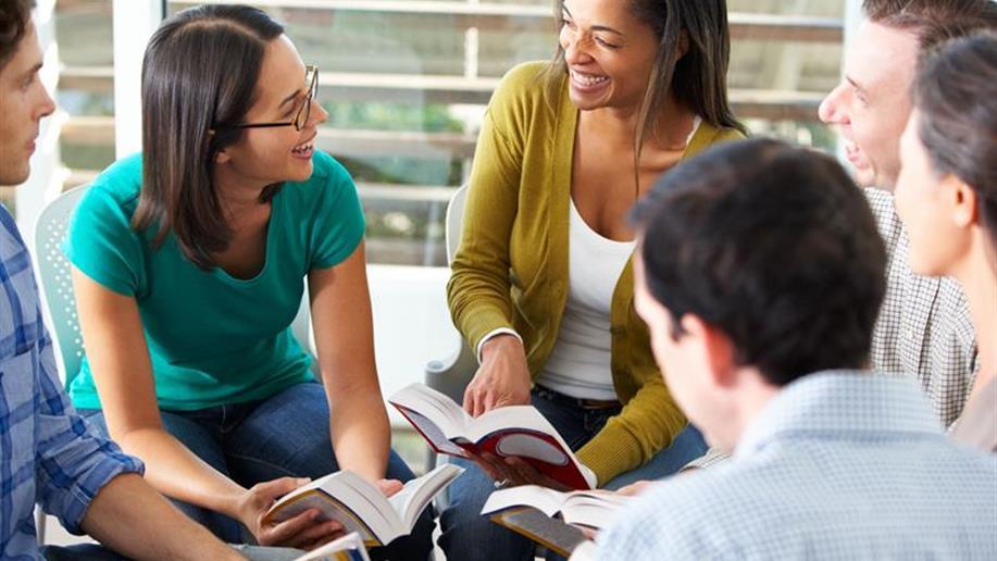 Presença de jovens em palestras fortalece reflexões nos dois dias de evento